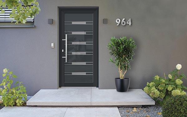 Vchodové hliníkové dvere do rodinného domu na mieru s montážou po celom Slovensku